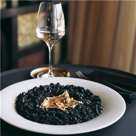 Savory risotto with gold